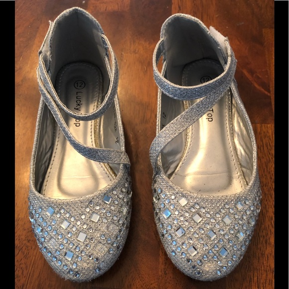lucky top Other - Toddlers girls sparkly dress up shoes